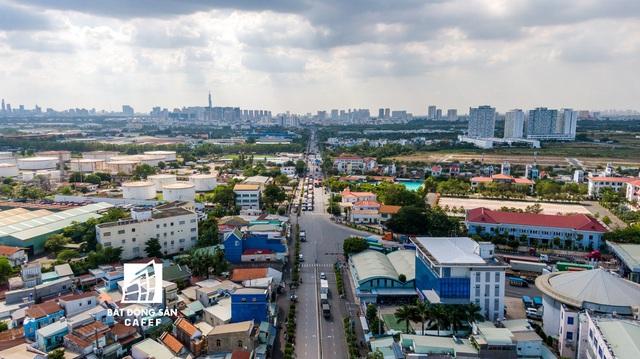 """Toàn cảnh hạ tầng giao thông khu Đông với nhiều tuyến đường sắp được mở rộng: Nơi đang chuẩn bị trở thành """"thành phố trong TP.HCM"""" - Ảnh 1."""