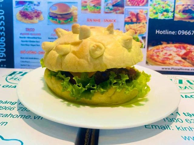 Burger hình virus corona giá 85.000 đồng/chiếc đắt khách ở Hà Nội - Ảnh 1.