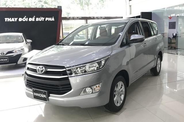 Nhiều đại lý Toyota tung khuyến mãi mẫu xe Toyota Innova - Ảnh 1.