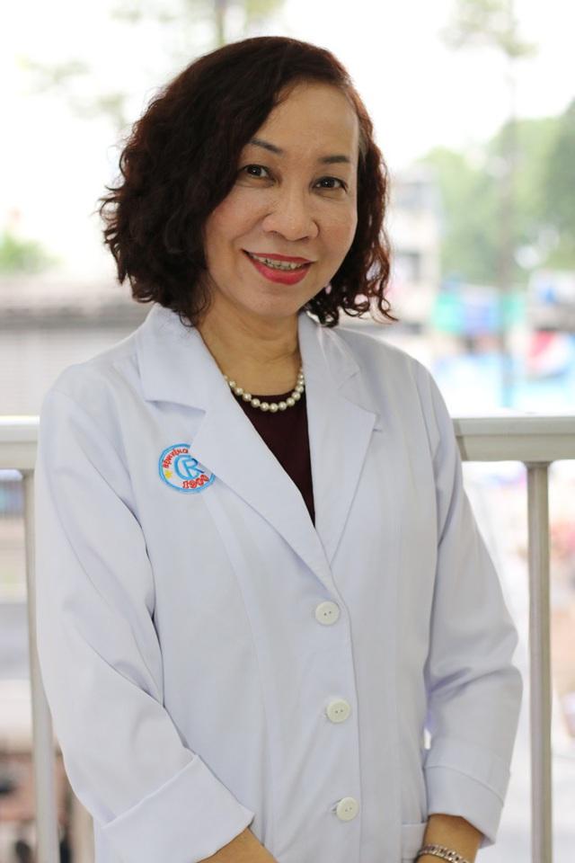 PGS.TS Lê Thị Anh Thư: Chưa chứng minh được buồng khử khuẩn toàn thân di động có an toàn hay không - Ảnh 2.