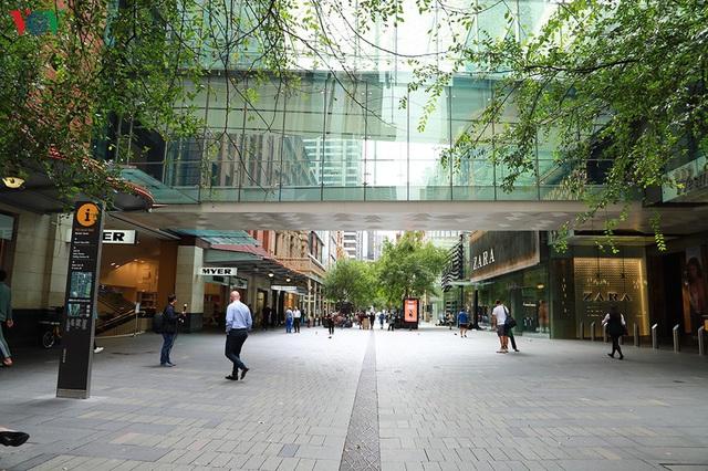 Nhà nghiên cứu kinh tế tại Australia gợi ý những vấn đề Việt Nam phải đối mặt - Ảnh 2.