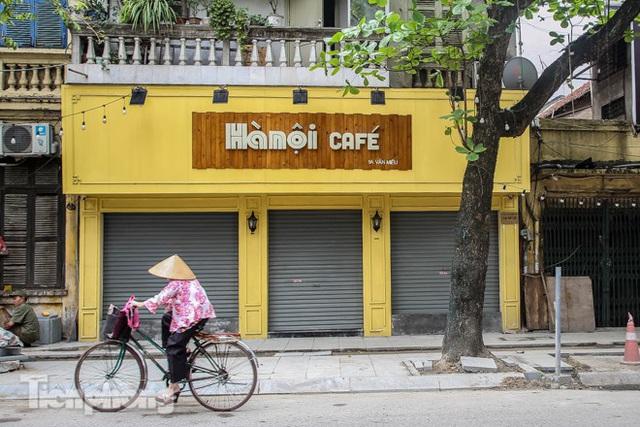 Hàng loạt quán cà phê đất vàng Hà Nội tạm thời đóng cửa - Ảnh 5.