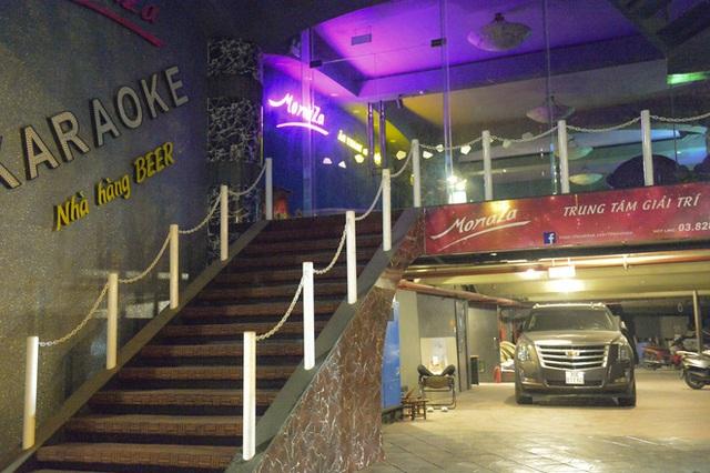 Hình ảnh khác lạ của các phố karaoke nổi tiếng Hà Nội sau chỉ đạo đóng cửa tạm thời - Ảnh 6.