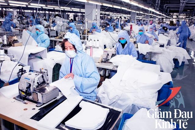 Oxford Economics: Tăng trưởng GDP Việt Nam sẽ giảm xuống 5,2% trong năm 2020 vì Covid-19, nhưng phục hồi trở lại 7,4% trong năm 2021 - Ảnh 2.