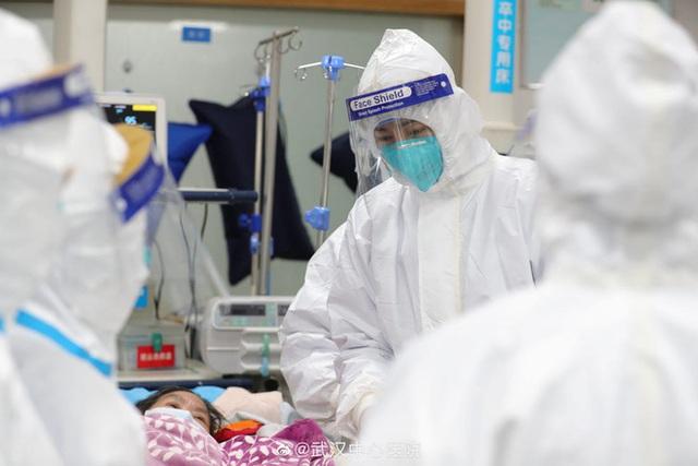 Vụ nghi thả nhầm bệnh nhân Mỹ về từ Vũ Hán: Đã cách ly đủ, xét nghiệm âm tính 2 lần nhưng lần 3 lại dương tính - Ảnh 1.