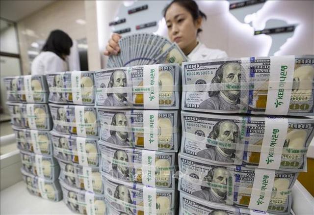 Các nước bơm thêm tiền: Liều thuốc cứu nền kinh tế giữa đại dịch - Ảnh 1.