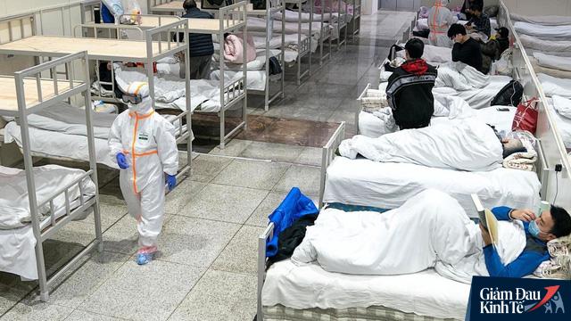 Vết sẹo trong lòng bệnh nhân Covid-19 đã hồi phục tại Vũ Hán: Bệnh tật có thể chiến thắng, nhưng nỗi đau tinh thần còn rất lâu mới lành - Ảnh 2.