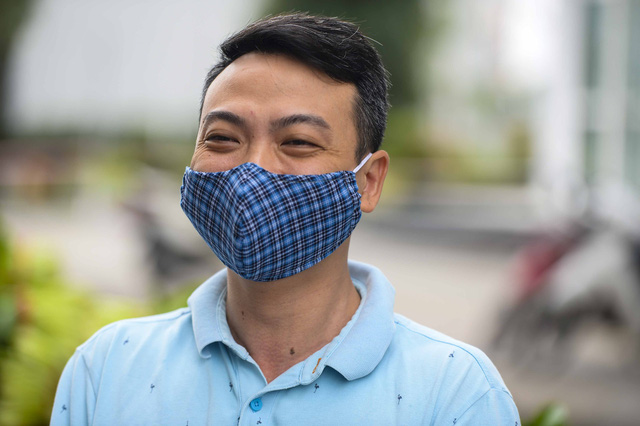 [Ảnh] Tiếp tế 350kg rau cho khu chung cư gần 1.000 dân cách ly ở Hà Nội  - Ảnh 11.