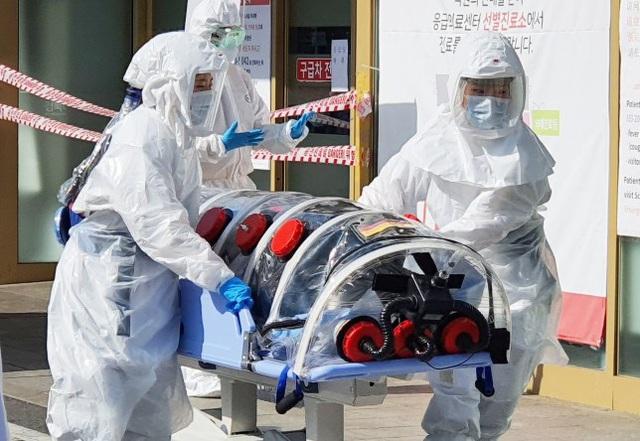 8 ngày cận kề sinh tử của bệnh nhân nhiễm virus covid-19 tại tâm dịch Hàn Quốc: Tôi tự hỏi liệu mình có ra đi như những người trẻ, khỏe ngoài kia không? - Ảnh 3.