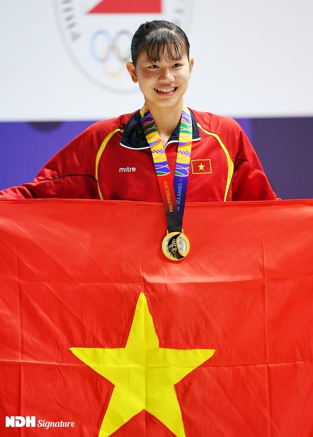 Ánh Viên: Tuổi 23 với 150 huy chương, những đêm dài cùng thuốc an thần và nỗi cô đơn sau ánh hào quang - Ảnh 9.