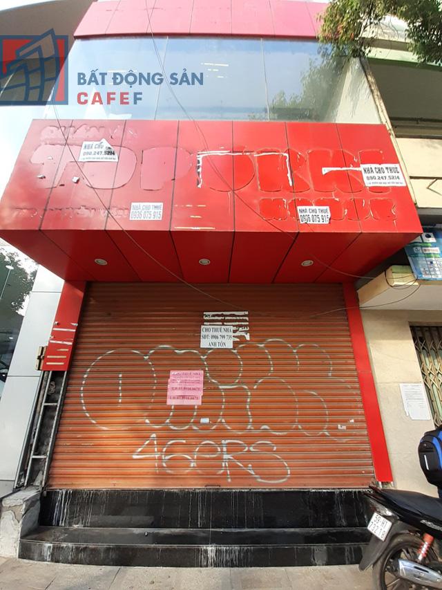 Cho thuê mặt bằng nhà phố trung tâm Tp.HCM ảm đạm, đóng cửa hàng loạt vì dịch Covid-19 - Ảnh 5.