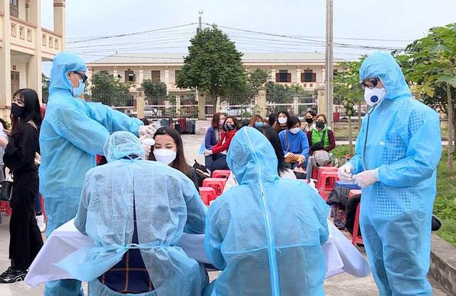 730 công dân về từ vùng dịch Covid-19 được đón, cách ly tại Ninh Bình  - Ảnh 1.