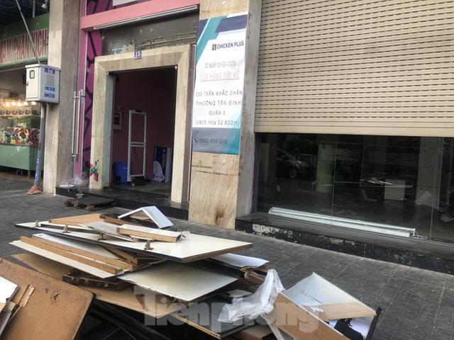 Kinh doanh ế ẩm, quán xá ở Sài Gòn thi nhau dẹp tiệm - Ảnh 14.  Kinh doanh ế ẩm, quán xá ở Sài Gòn thi nhau dẹp tiệm photo 13 1583476374609628655009