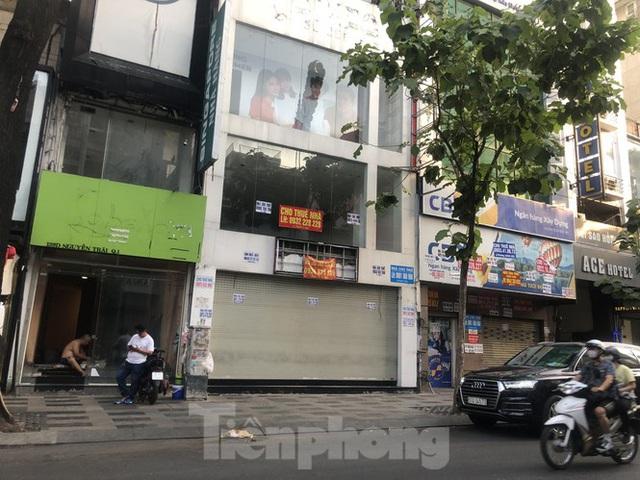 Kinh doanh ế ẩm, quán xá ở Sài Gòn thi nhau dẹp tiệm - Ảnh 3.  Kinh doanh ế ẩm, quán xá ở Sài Gòn thi nhau dẹp tiệm photo 2 1583476374599767027386