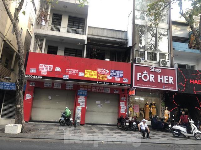 Kinh doanh ế ẩm, quán xá ở Sài Gòn thi nhau dẹp tiệm - Ảnh 7.  Kinh doanh ế ẩm, quán xá ở Sài Gòn thi nhau dẹp tiệm photo 6 15834763746021678383667
