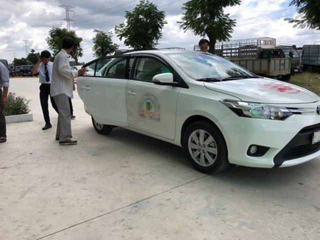 SỐC: Hơn 80 giáo viên dạy lái xe ở TP HCM xài giấy tờ giả để dạy học - Ảnh 1.