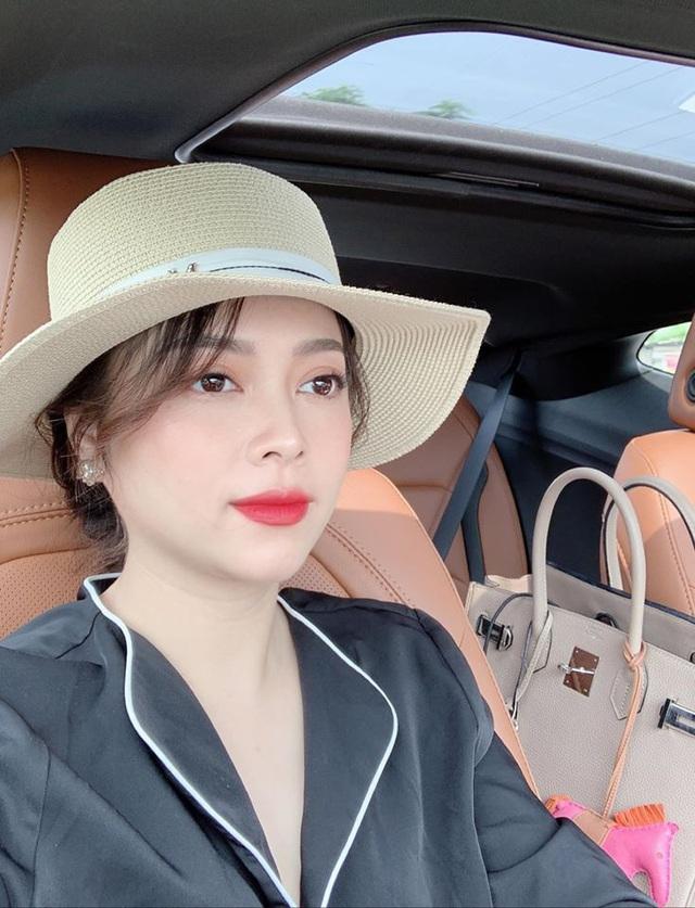 Shark Linh và Hằng Túi, hai trong số nhiều phụ nữ hot trên mạng xã hội: Ra ngoài là nữ cường nhưng khi về nhà thì mềm mại, đảm đang không ai bằng - Ảnh 13.