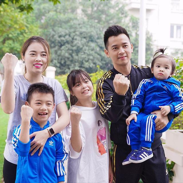 Shark Linh và Hằng Túi, hai trong số nhiều phụ nữ hot trên mạng xã hội: Ra ngoài là nữ cường nhưng khi về nhà thì mềm mại, đảm đang không ai bằng - Ảnh 20.
