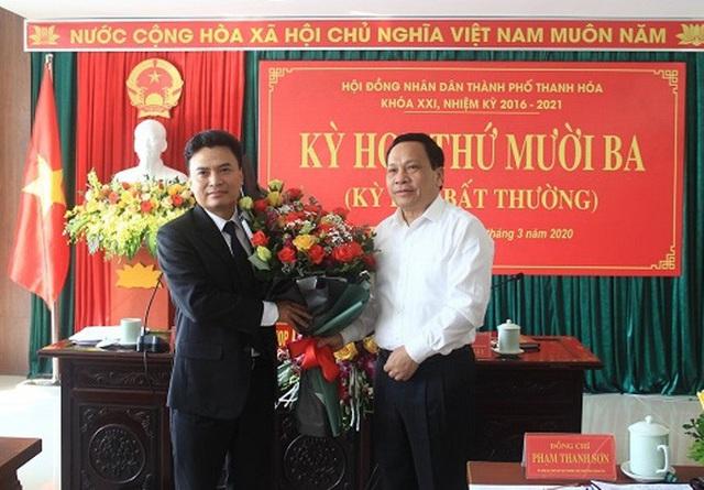 Họp bất thường, TP Thanh Hóa có tân Chủ tịch UBND 48 tuổi  - Ảnh 1.