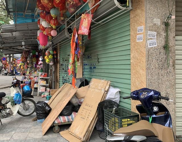 Nhiều cửa hàng tại phố cổ Hà Nội tạm dừng hoạt động - Ảnh 6.