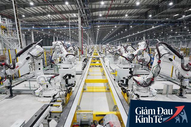 4 nhà sản xuất ô tô dừng hoạt động sản xuất tại Việt Nam chỉ trong 6 ngày, chuyên gia quốc tế nhận định: Đây là điều khó tránh, và cũng khó trách! - Ảnh 4.