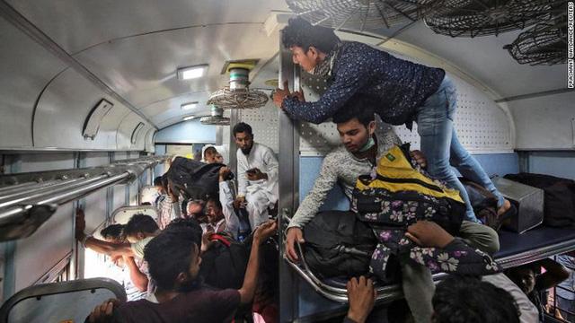 1 toilet, ngàn người sử dụng: Khi cách ly trở thành đặc quyền của giới nhà giàu Ấn Độ, còn dân nghèo thì không thể - Ảnh 7.