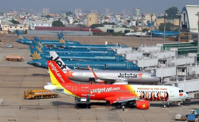 Hội nghị trực tuyến Chính phủ: Đề xuất loạt biện pháp giải cứu hàng không  - Ảnh 1.