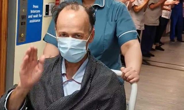 Tâm sự của bệnh nhân 61 vượt qua ải tử thần tại phòng ICU: Cảm giác kiệt sức như bị đuối nước, ranh giới sinh tử rất mong manh nhưng tôi không cho phép bản thân từ bỏ - Ảnh 2.