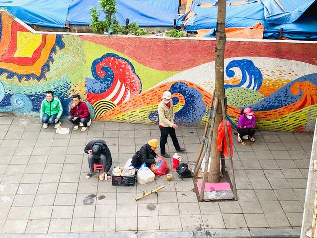 Nườm nượp người tập thể dục trên cầu Long Biên chiều cuối tuần - Ảnh 14.