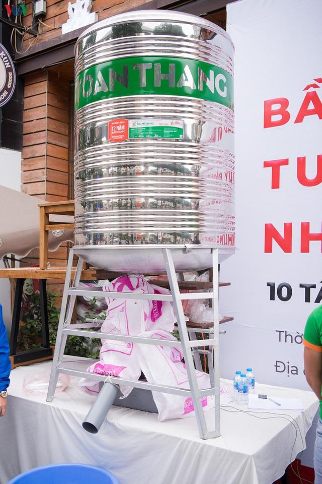 Thêm máy ATM phát gạo miễn phí tại Hà Đông cho người nghèo - Ảnh 4.