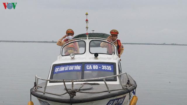 Cảng biển Hải Phòng duy trì hoạt động trong mùa dịch Covid-19 - Ảnh 8.
