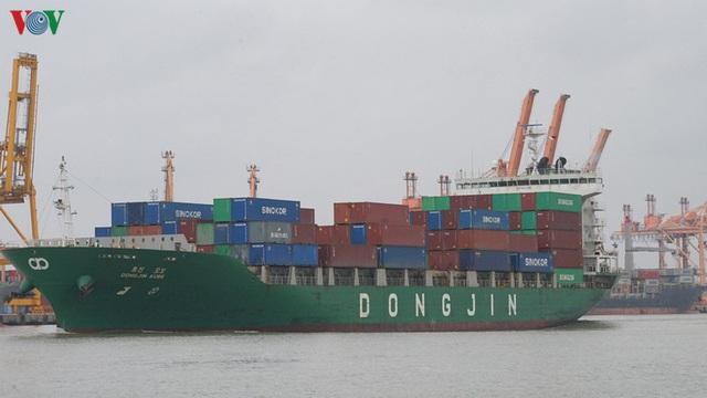Cảng biển Hải Phòng duy trì hoạt động trong mùa dịch Covid-19 - Ảnh 10.