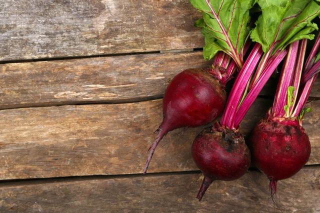 Kiểm soát cao huyết áp đơn giản nhờ ăn thường xuyên 7 loại thực phẩm này, tốt còn hơn cả dùng thuốc - Ảnh 1.