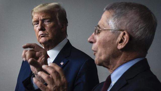 Tổng thống Trump bác tin sa thải siêu cố vấn chống dịch COVID-19 - Ảnh 1.