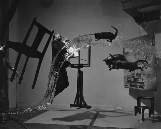 Chuyện đời kỳ lạ của lão họa sĩ lập dị nhất thế giới: Từ tác phẩm nghệ thuật cho đến con người đều theo chủ nghĩa siêu thực - Ảnh 6.
