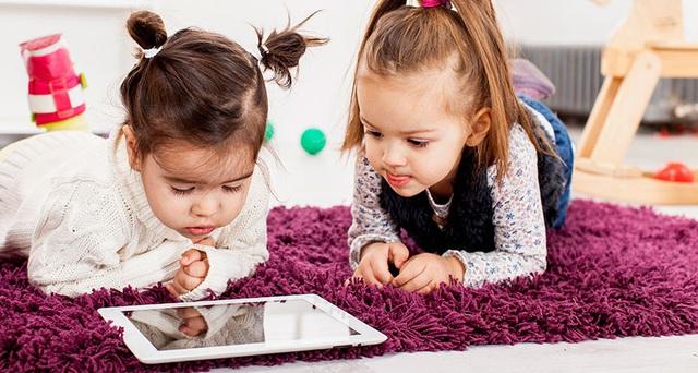 Áp dụng nguyên tắc 3C này, phụ huynh sẽ không còn phải đau đầu vì con cái cứ dán mắt vào màn hình suốt kỳ nghỉ tránh dịch - Ảnh 3.