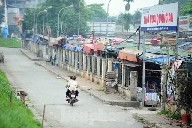 Chợ hoa lớn nhất Hà Nội đóng cửa chuyển sang bán hàng trực tuyến - Ảnh 6.