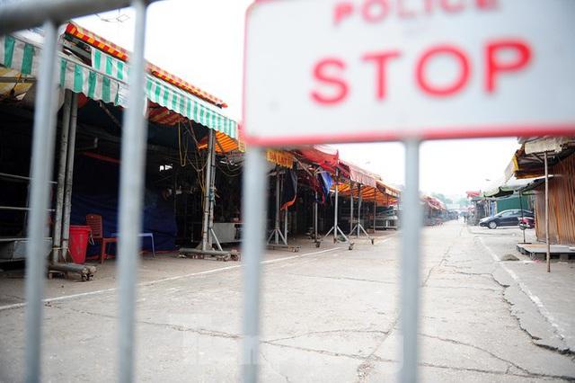 Chợ hoa lớn nhất Hà Nội đóng cửa chuyển sang bán hàng trực tuyến - Ảnh 8.