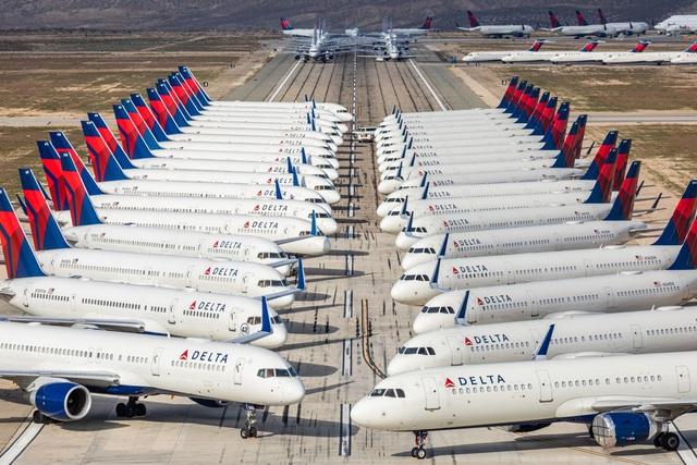 2/3 số máy bay trên thế giới nằm bẹp vì Covid-19 nhìn như thế nào? - Ảnh 1.