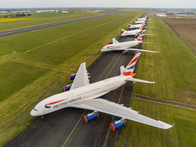 2/3 số máy bay trên thế giới nằm bẹp vì Covid-19 nhìn như thế nào? - Ảnh 3.