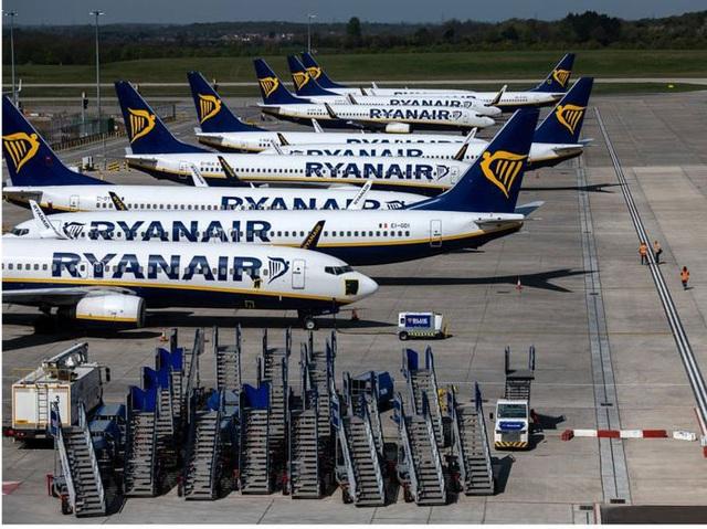 2/3 số máy bay trên thế giới nằm bẹp vì Covid-19 nhìn như thế nào? - Ảnh 6.