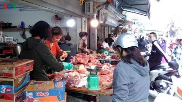 Chuyên gia ủng hộ đưa thịt lợn vào diện bình ổn giá - Ảnh 1.