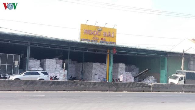 Giải pháp nào để gỡ khó cho doanh nghiệp xuất khẩu gạo - Ảnh 3.