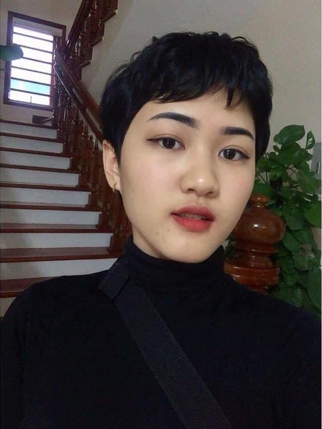Nữ sinh 18 tuổi mắc ung thư phổi: Một ngày đứng trước gương, chỉ vuốt tóc 15 phút nhưng mình trọc cả mái đầu - Ảnh 3.