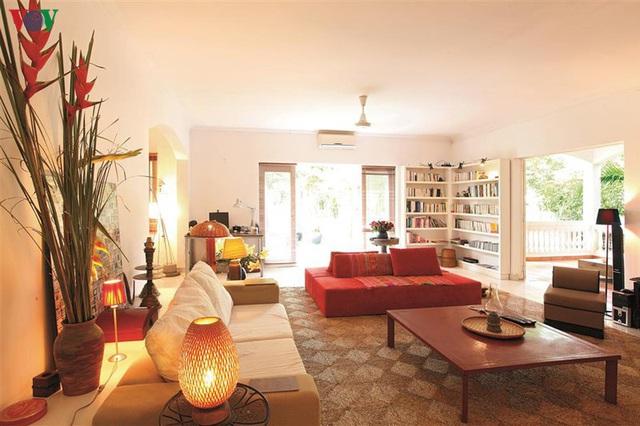 Ngôi nhà có phong cách nhiệt đới lịch lãm - Ảnh 3.