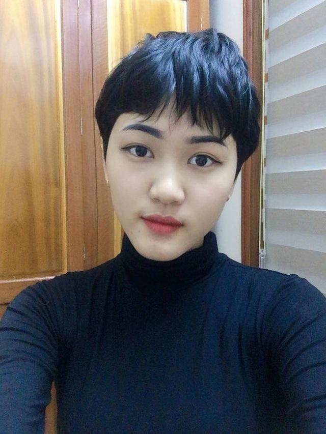 Nữ sinh 18 tuổi mắc ung thư phổi: Một ngày đứng trước gương, chỉ vuốt tóc 15 phút nhưng mình trọc cả mái đầu - Ảnh 8.