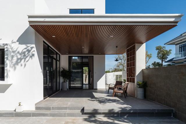 Ngôi nhà đơn giản, tiết kiệm chi phí xây dựng - Ảnh 3.