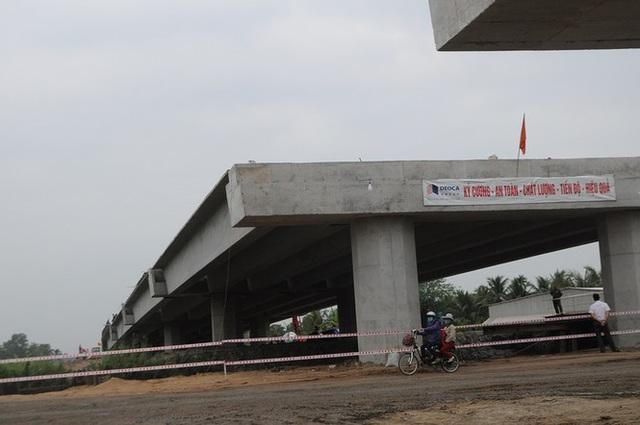 Bộ GTVT soi chất lượng, Ban dự án muốn dừng thi công cao tốc Trung Lương - Mỹ Thuận - Ảnh 1.