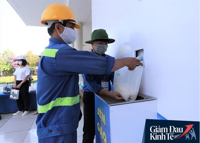 ATM gạo tự động đầu tiên ở Đà Nẵng: Không phân biệt bạn đi xe gì, ai cần cứ đến lấy! - Ảnh 15.