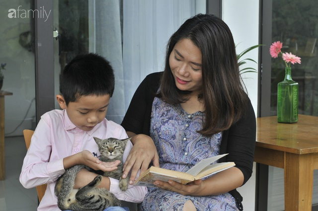 Vượt qua cú sốc con tự kỷ, nữ giám đốc ở Hà Nội đóng 4 cơ sở dạy tiếng Anh, đổi mọi công sức và tiền bạc lấy... 3 giây con nhìn vào mắt mình - Ảnh 6.